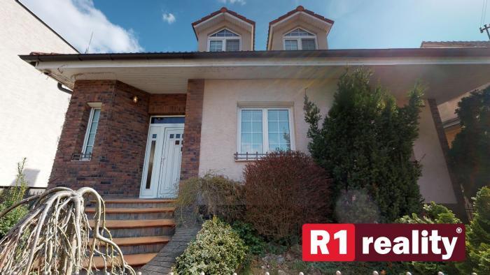 Reality 7 izbový rodinný dom / Piešťany