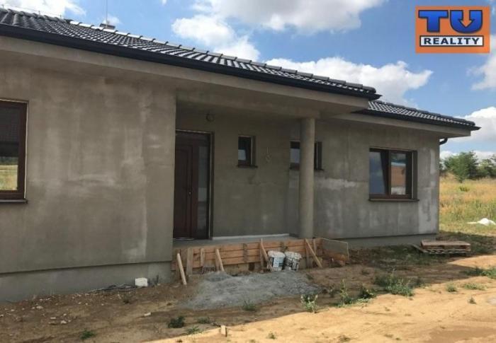 Reality SUPER PONUKA ! NITRA - KYNEK novostavba 4i rodinného domu v novej štvrti, výborná lokalita, 134