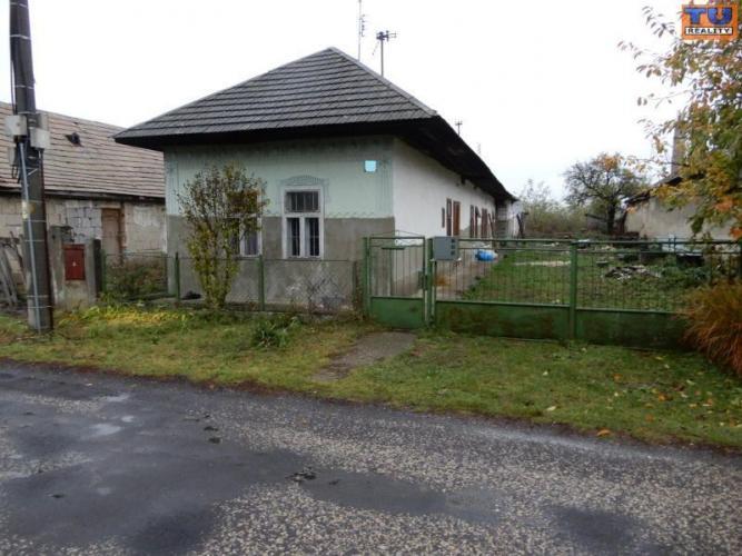 Reality MOŽNÁ DOHODA!!! Rodinný dom, 120 m2, Kukučínov, Levice. CENA: 13 990,00 EUR