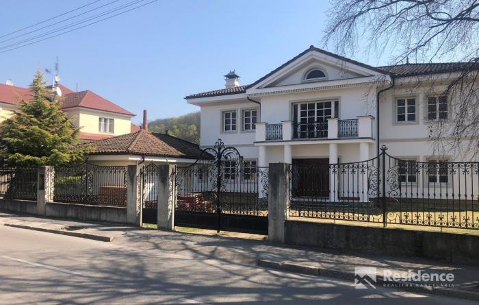 Reality Luxusná novostavba vily v centre mesta Trenčín