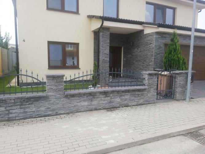 Reality BA V. Luxusne zariadený, nový rodinný dom vo vilovej časti Jaroviec