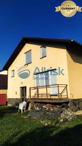 Reality Rodinný dom v obci Liešťany