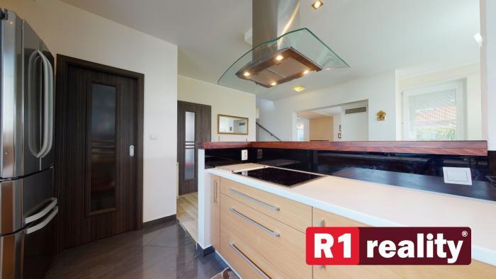 Reality Pekný 4 izb. rodinný dom / Lodenica Piešťany