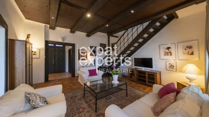 Reality Výnimočná 6 - izbová vila s atmosférou, 200 m2, krásna záhrada