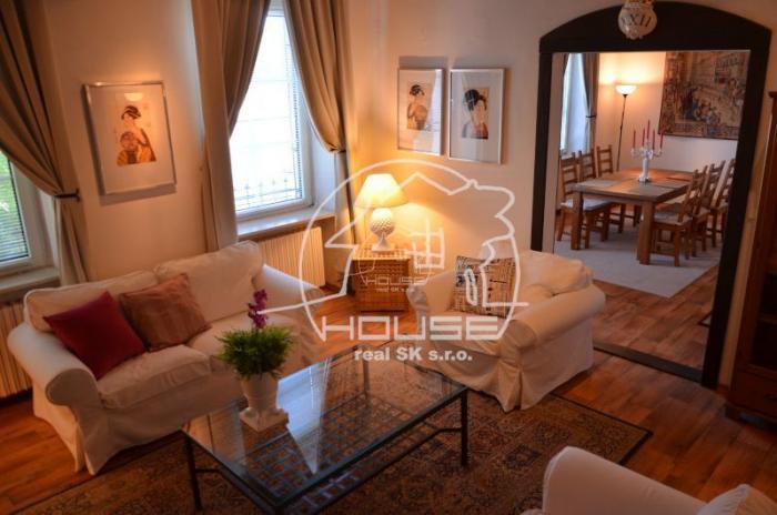 Reality PRENÁJOM: 6 izb. luxusná vila v Horskom parku, BA I Staré mesto
