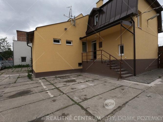 Reality Predaj rodinný dom (ubytovňa), Žilina