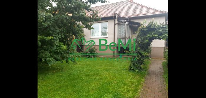 Reality Predaj rodinný dom Nitra - Čermáň na pozemku  880m2