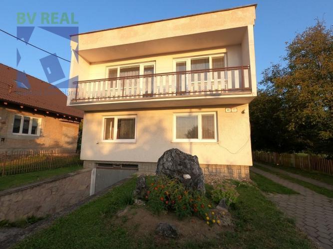 Reality BV REAL Na predaj 4 izbový rodinný dom 734 m2 Kamenec pod Vtáčnikom okres Prievidza 70131