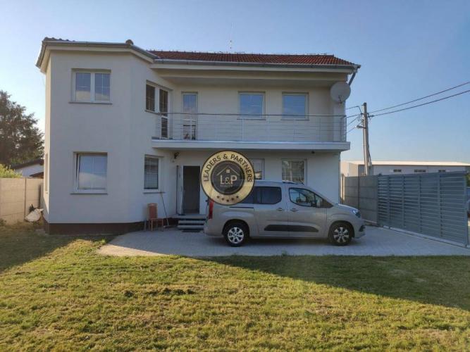 Reality Priestranný dvojpodlažný rodinný dom - Vrakuňa