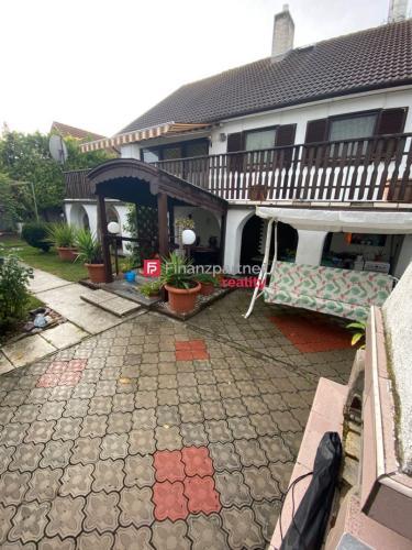 Reality EXKLUZÍVNE Krásny rodinný dom v centre - Veľký Meder