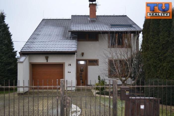 Reality Na prenájom lukratívny rodinný dom, 200m2, Nitra, Veľké Janíkovce. CENA: 800,00 EUR/mesiac
