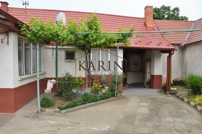 Reality NA PREDAJ výborný 4 izbový rodinný dom s veľkým pozemkom v obci Smolinské okr. Senica