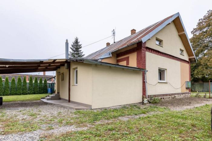 """Reality Ponúkame na prenájom 3 izb. r. dom, Cukrovarská, TV  """" REZERVOVANÉ """""""