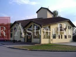 Reality Hľadáme pre klienta rodinný dom vo Vlkanovej.