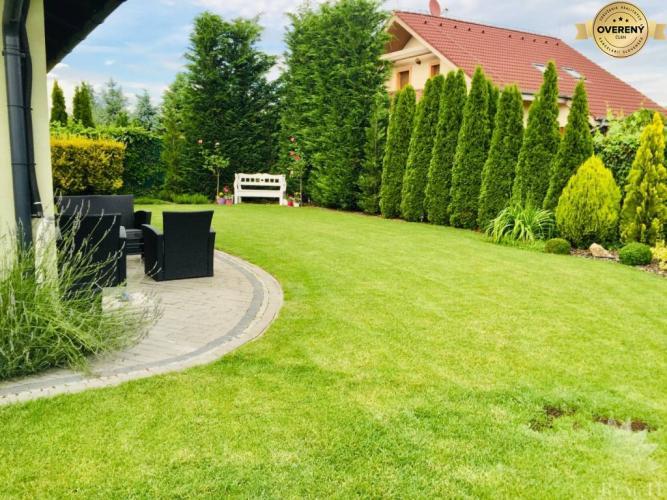 Reality Prenájom krásny slnečný a útulný  rodinný dom Dunajská Lužná