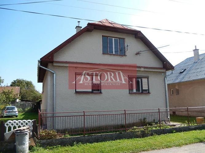 Reality Rodinný dom - Košťany nad Turcom - tichá lokalita