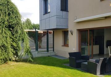 Reality Luxusné bývanie, dva domy na prenájom v pokojnom prostredí. Pezinská