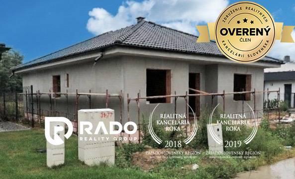 Reality 4-izbový rodinný dom  v obci Malé Leváre.