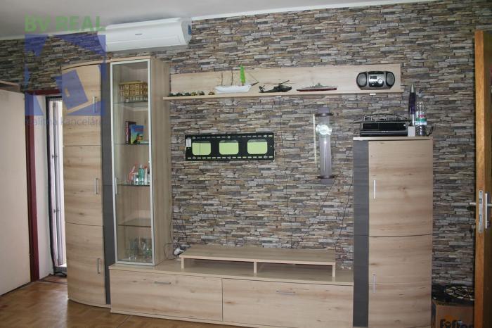 Reality BV REAL Na predaj rodinný dom rozdelený na dva 4 izbové byty Partizánske 70165