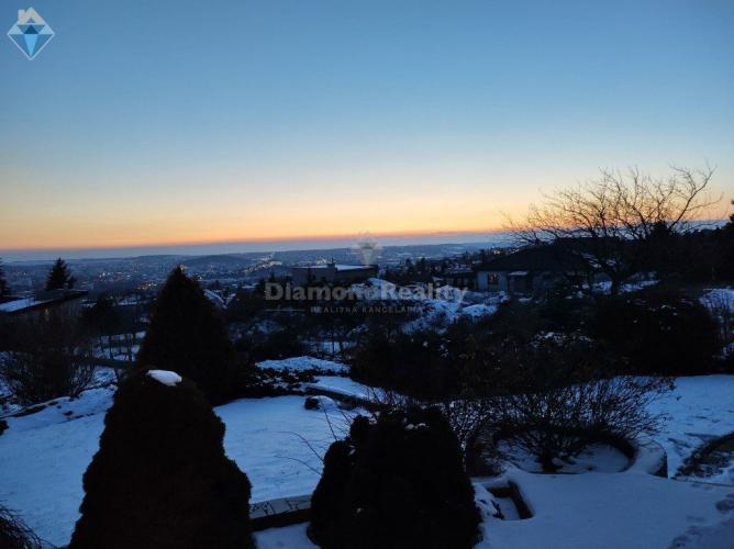 Reality Na prenájom luxusný rodinný dom s nádherným výhľadom Nitra - Zobor