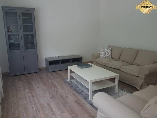 Reality PRENÁJOM - Rodinný dom v tichej lokalite blízko centra - Nitra