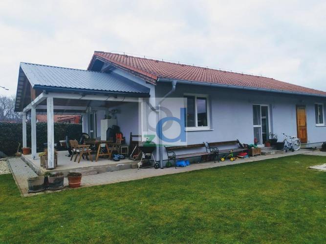 Reality 3D prehliadka: Samostatný rodinný dom na pozemku 553 m2, Čierna Voda