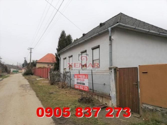 Reality Exkluzívne ponúka na predaj starší rodinný dom s pozemkom 1067 m2