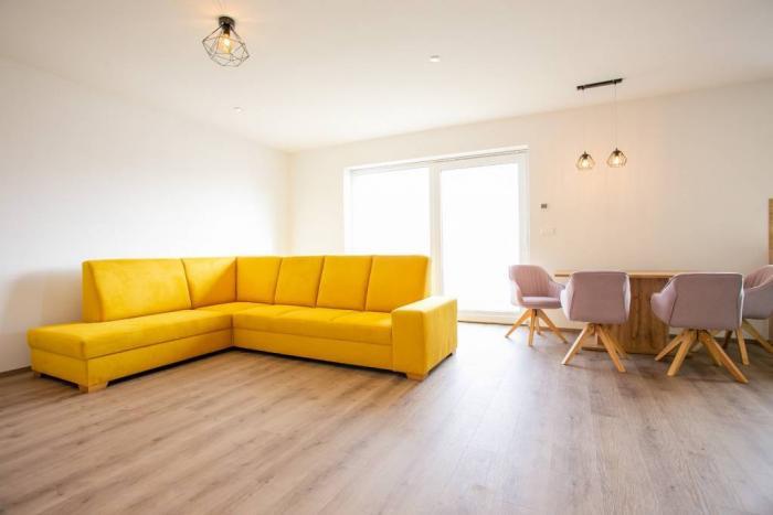 Reality IBA U NÁS!! Na predaj krásny 4 izbový bungalov na kľúč,130m2, Pečeňany