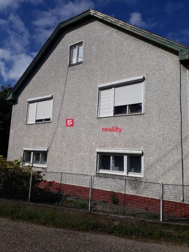 Reality Rodinný dom v malebnej dedinke Ipeľské Úľany