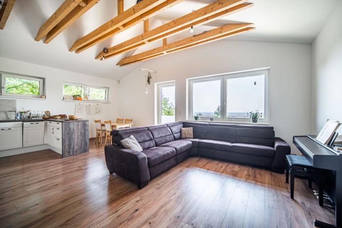 Reality PROMINENT REAL predá nový 4 izb. rodinný dom v Rači pri lese.