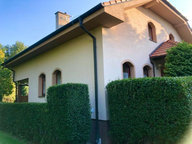Reality Veľký rodinný dom na 60 árovom pozemku v peknom a tichom prostredí v Hamuliakove