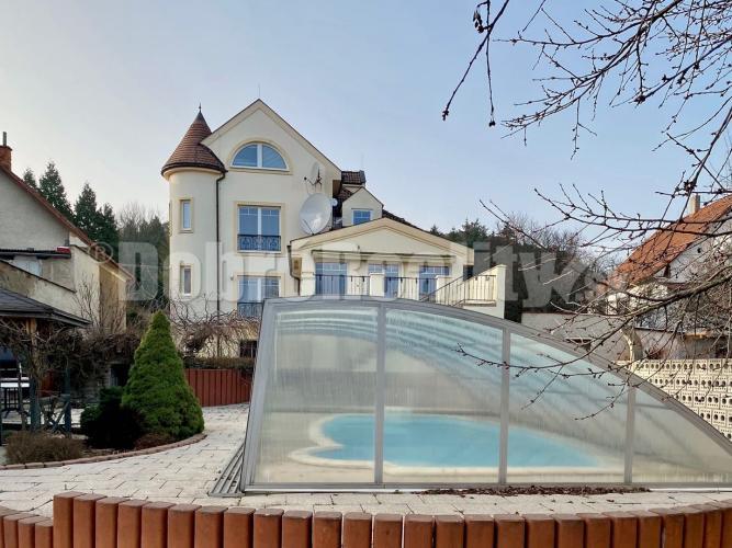 Reality Luxusné bývanie, rodinný dom na prenájom, v blízkosti kúpeľov Bojnice