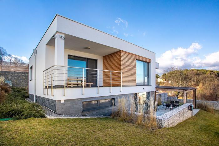 Reality Luxusná rodinná vila s wellnessom v Bojniciach