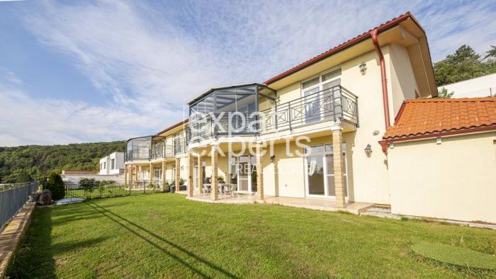 Reality Výnimočný, slnečný 5i dom, 200m2, zariadený, parkovanie, krásny výhľad
