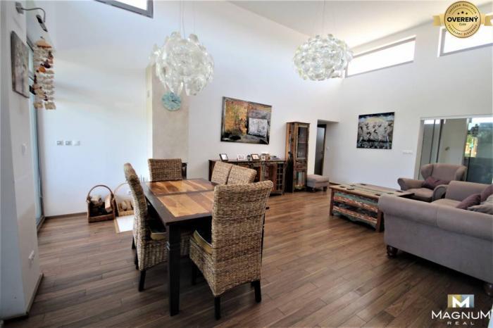 Reality Štýlový, priestranný 4 izbový rodinný dom, Hrubá Borša, krásna záhrada