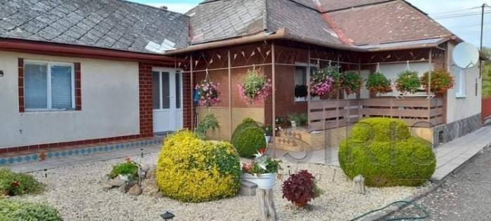 Reality Na predaj 4i rodinný dom, čiastočná rekonštrukcia, obec Hraň, Trebišov