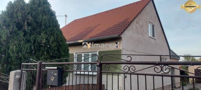 Reality TIMA Real - ponúka 4 izbový RD v obci Zeleneč
