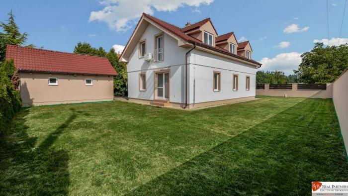 Reality REB.sk TOP ponuka predaj 5 izb. RD na pozemku  541 m2 v  Zálesí
