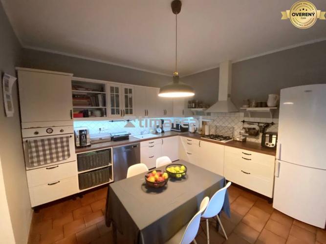 Reality TIMA Real* 6i rodinný dom, garáž, bazén, 6,5 á pozemok, Zvončín