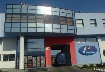 Reality Na predaj polyfunkčný areál vrátane 3-podlažnej budovy (sklady, administratíva)