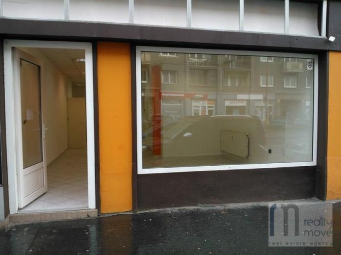 Reality Obchodný priestor na predaj – 110 m2 - Krížna