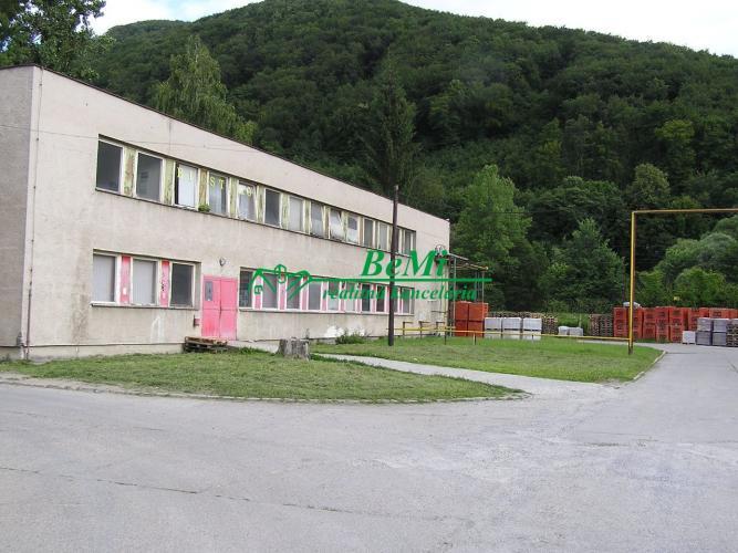 Reality Na predaj administratívna budova Banská Bystrica (ID-137-18-ZUS)