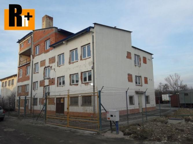 Reality Reality holding+ ponúka Na predaj priemyselný areál Žilina Bánova - so stavebným povolením