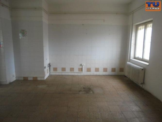 Reality Na predaj obchodné priestory v Poprade-Veľkej., CENA: 143 900 €