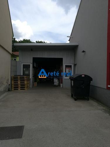 Reality Areté real, Predaj administratívno - skladových priestorov v blízkosti centra mesta Pezinok