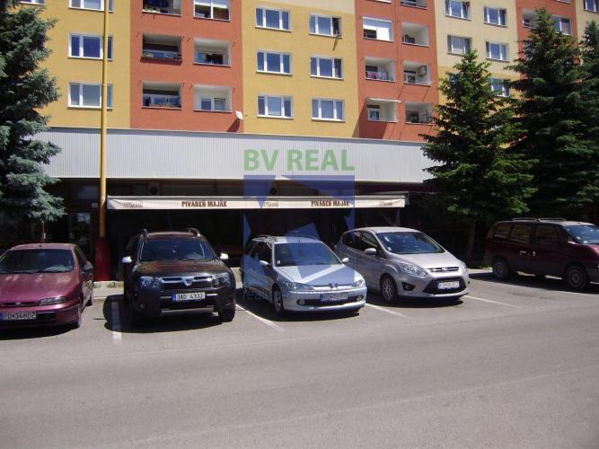 Reality BV REAL Ponúkame na predaj dlhé roky zabehnutú piváreň Maják v Prievidzi 78017