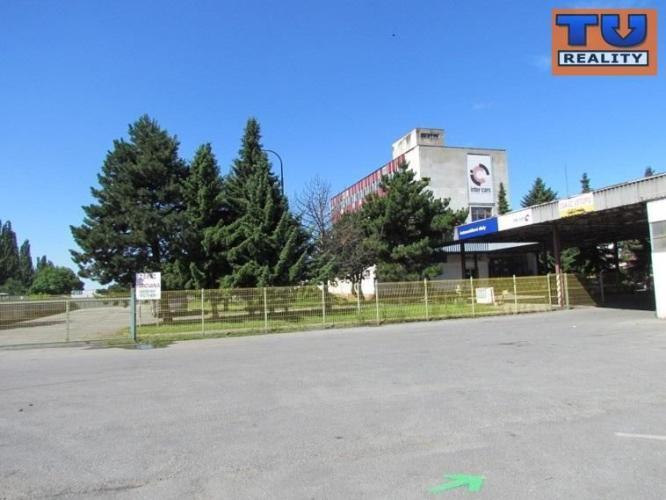 Reality Administratívna budova v dobrom stave, s veľkým pozemkom, Košice - Nad Jazerom, 5087 m2, CENA: 2