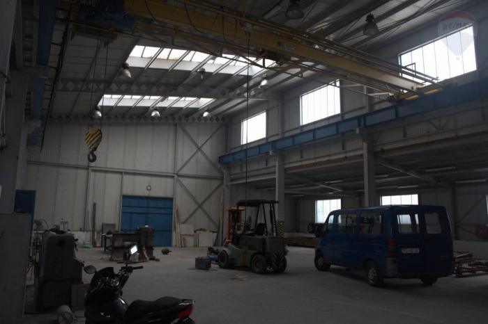 Reality Predaj Výrobnej haly s kancelárskymi priestormi a skladom v Prievidzi