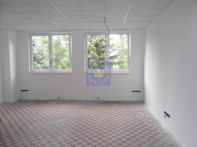 Reality Administratívne priestory na prenájom, Žarnovica