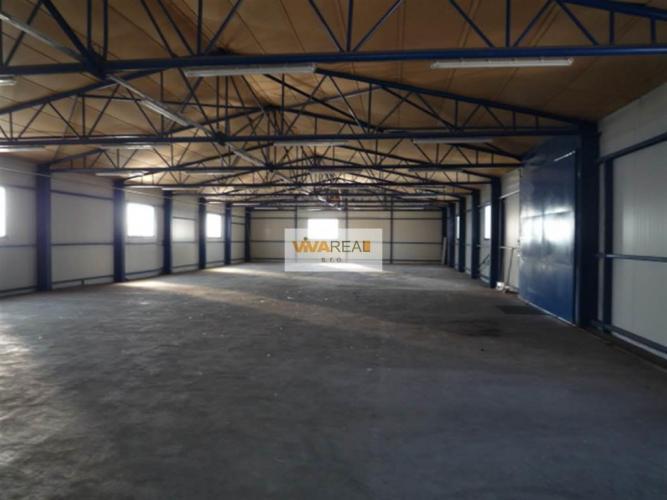 Reality VIVAREAL* VÝBORNÁ POLOHA!!! skladové priestory cca 617 m2+kancelárie, Nitrianska ul.